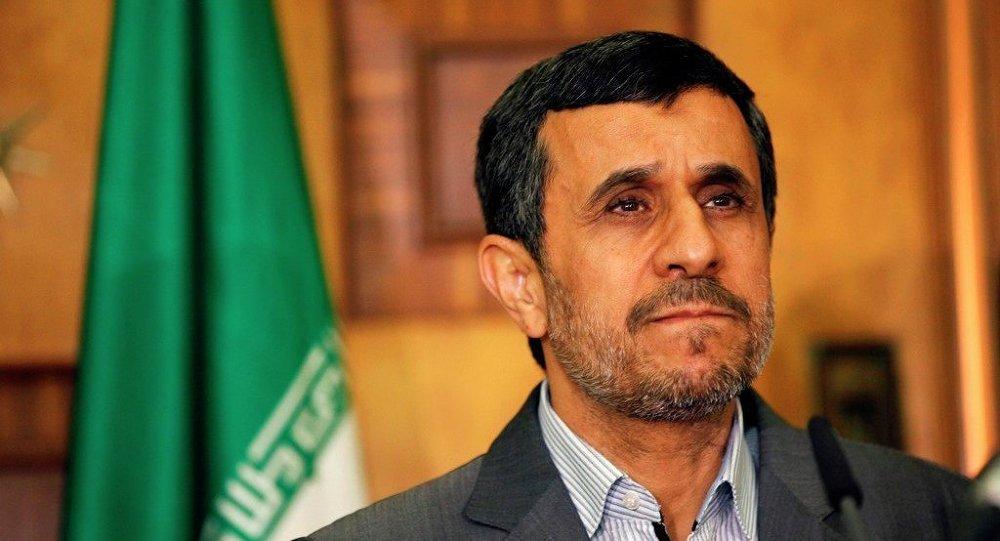 أحمدي نجاد رئيس إيران السابق ينضم إلى تويتر