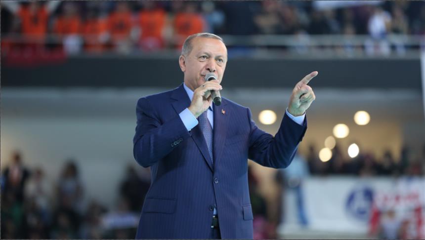 أردوغان: سنجمد ممتلكات وزيري العدل والداخلية الأمريكيين في تركيا