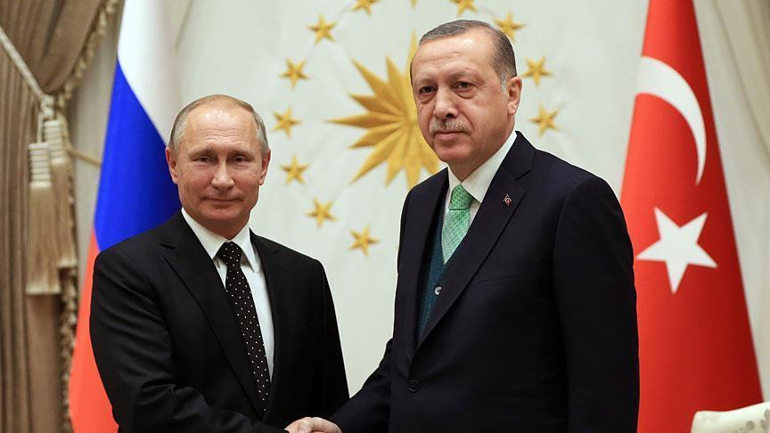 أردوغان وبوتين يبحثان هاتفيا الضربة العسكرية ضد النظام السوري