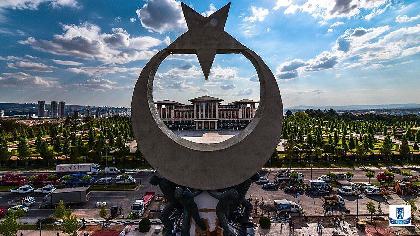 أردوغان يفتتح نصبًا لشهداء المحاولة الانقلابية في أنقرة