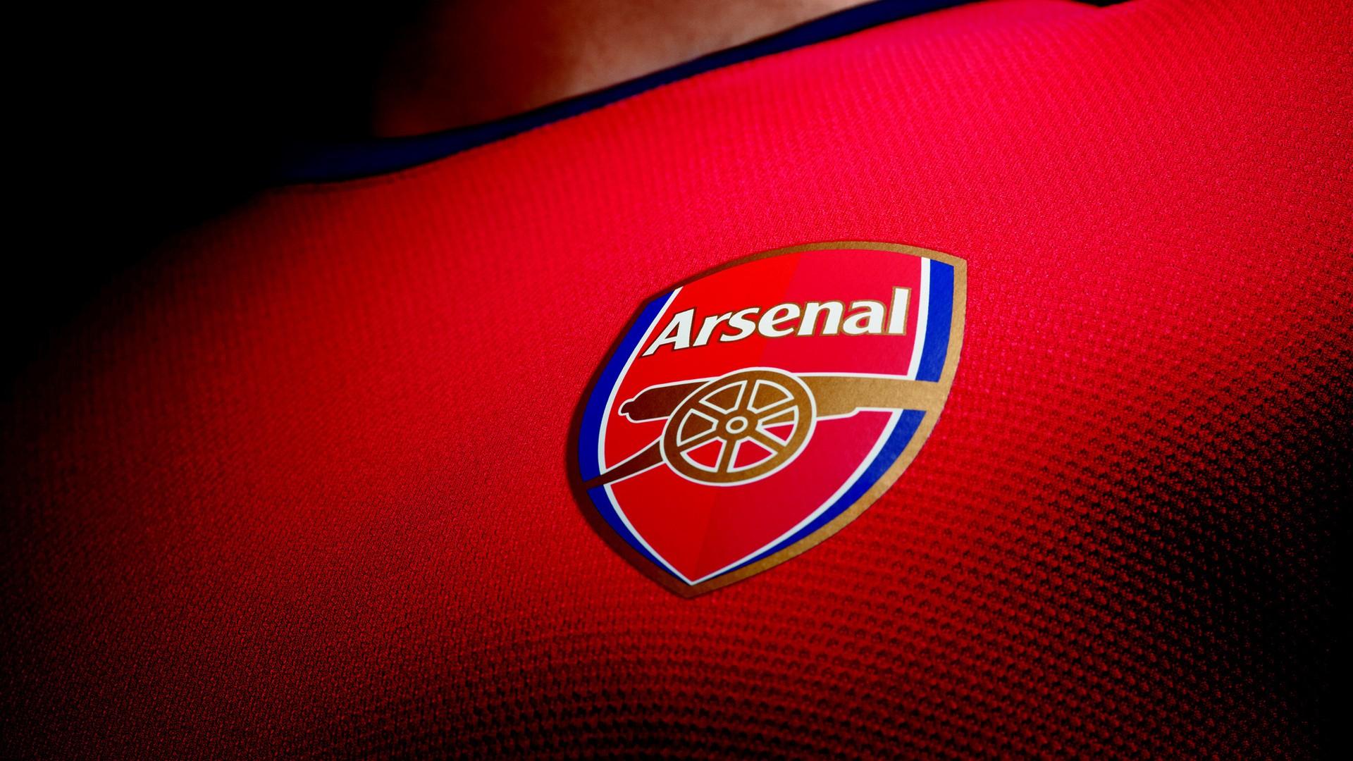 أرسنال يحسم ديربي لندن ويتأهل لنهائي كأس الرابطة الإنجليزية