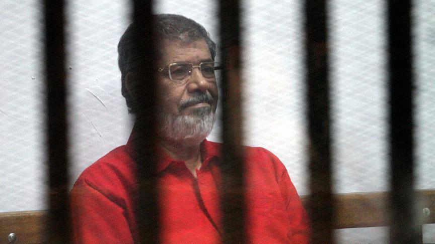 أسرة مرسي تقول إن الأمن المصري أوقف نجلها