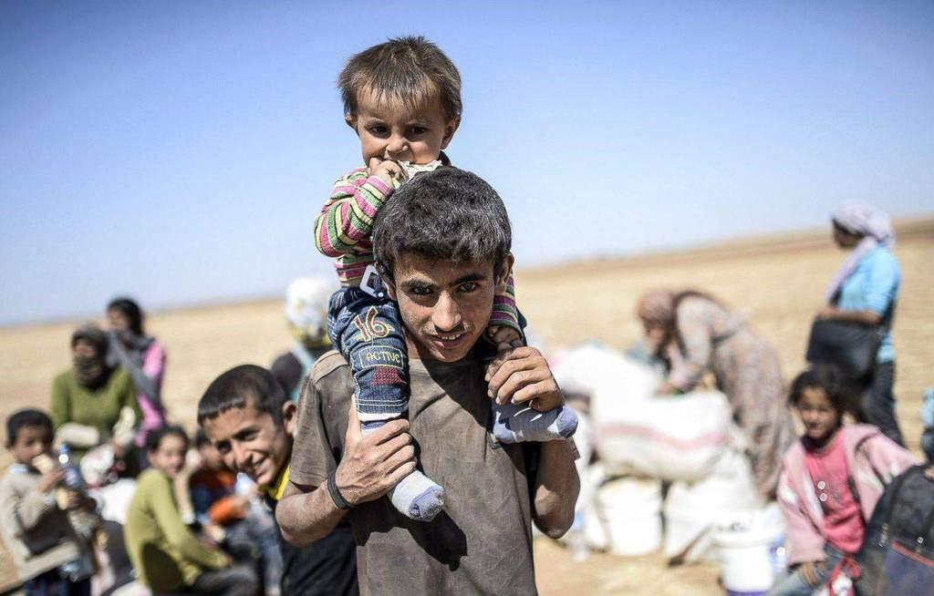 إجلاء محاصرين من أربع مناطق في سوريا