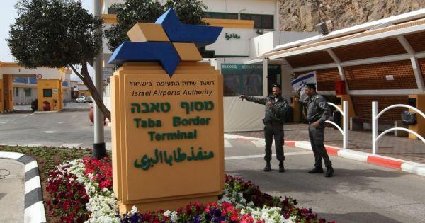 إسرائيل تبقي معبر طابا مغلقا