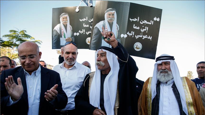 """إسرائيل تتهم الشيخ """"صيّاح"""" بالاستيلاء على أرضه"""