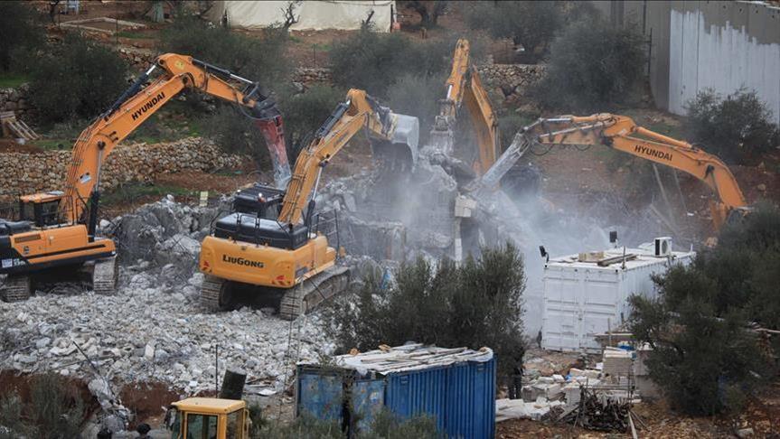 إسرائيل تهدم منزلا ومزرعة في القدس الشرقية