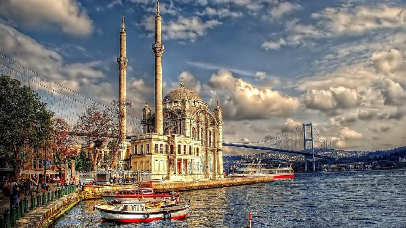 إسطنبول تستعد لاستقبال وفود سياحية كبيرة خلال عطلة العيد
