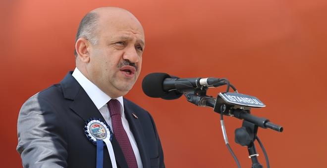 إشيق يعرب عن غضبه إزاء استهداف اليونان لسفينة تجارية تركية