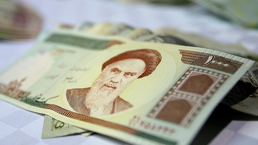 إيران.. الدولار يسجل رقمًا قياسيًا أمام التومان