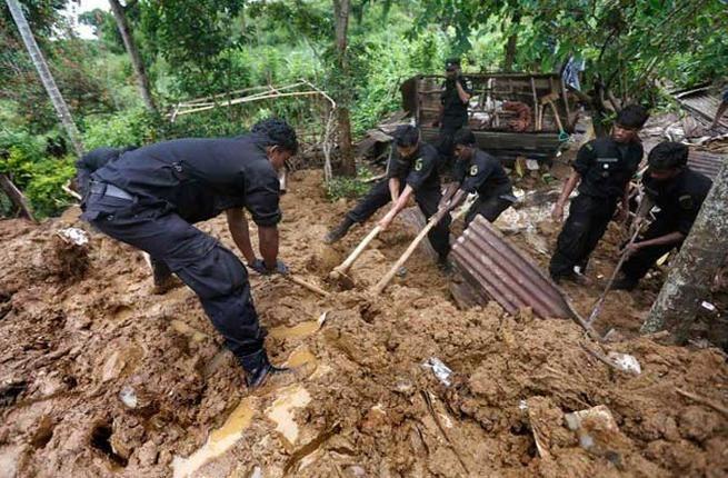 ارتفاع ضحايا الانهيارات الأرضية في سريلانكا إلى 25