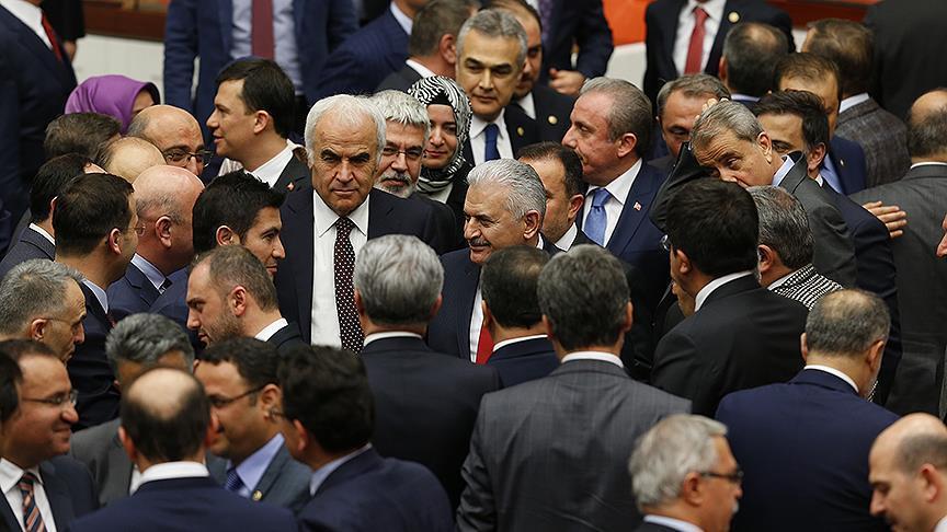 البرلمان التركي يوافق بالتصويت الأول على زيادة عدد نوابه