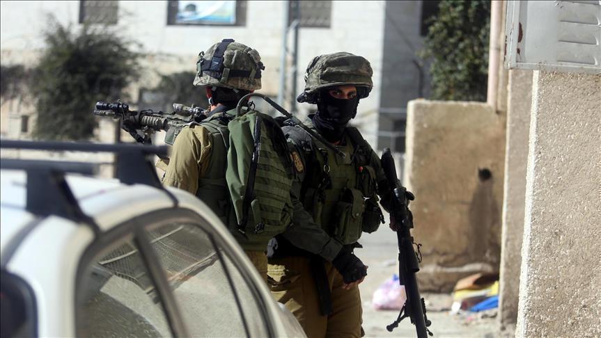 الجيش الإسرائيلي يعتقل 26 فلسطينيا في الضفة الغربية