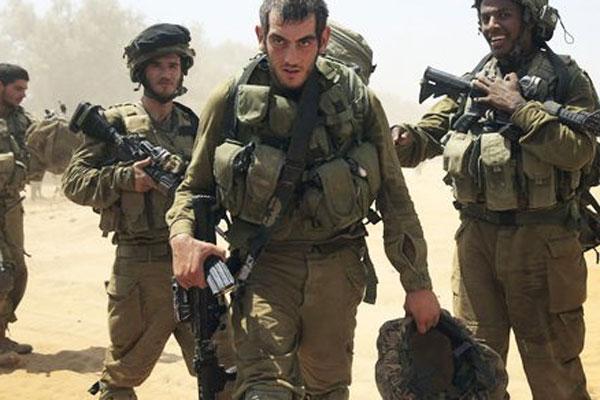 الجيش الإسرائيلي يقصف موقعاً فلسطينياً بالقرب من حدود غزة