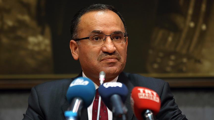 الحكومة التركية: مخطئ من يعتقد أن التلاعب بالليرة سيغير نتائج الانتخابات