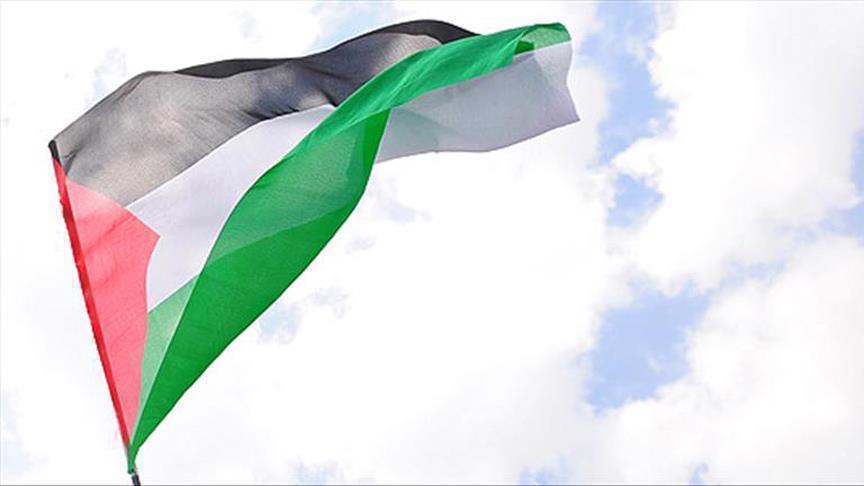 الحكومة الفلسطينية تجدد مطالبة
