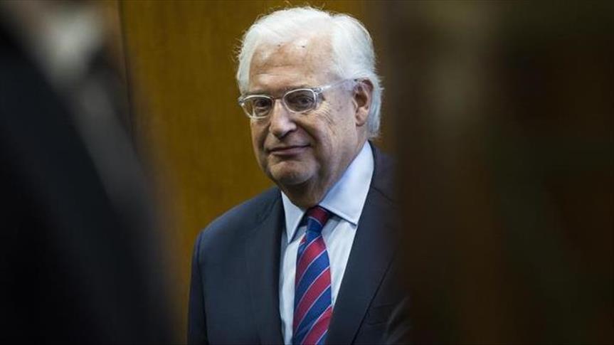 السفير الأمريكي في إسرائيل: إذا لم يقبل عباس المفاوضات فسيأتي من يقبلها