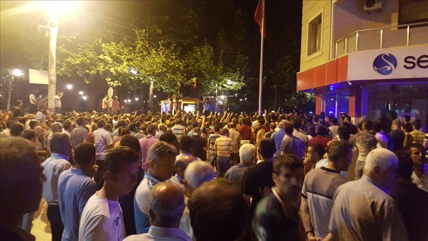 السلطات التركية تكشف هوية الشخص الذي قتل الشرطي غربي البلاد