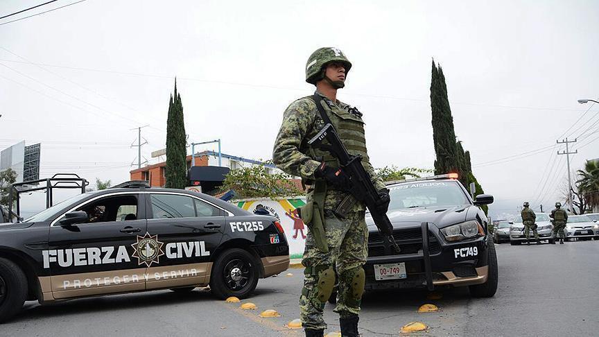 العثور على 15 جثة داخل شاحنة غربي المكسيك