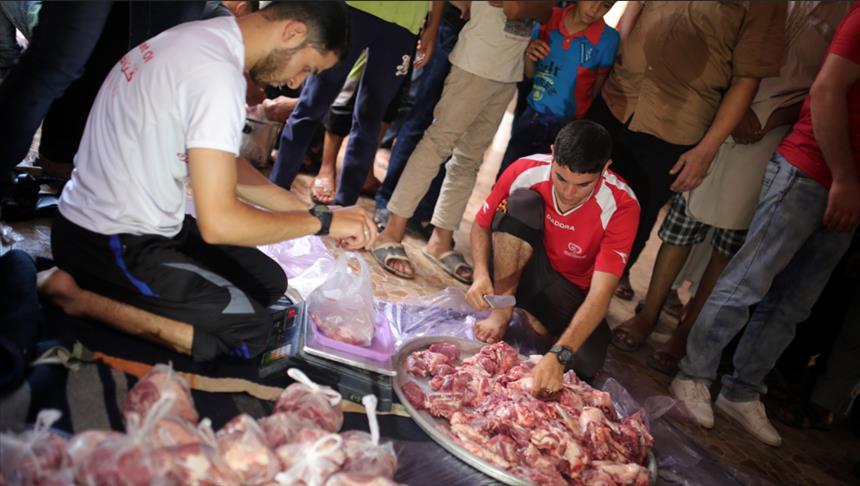بتمويل تركي.. أوقاف غزة توزع لحوم أضاحي على 20 ألف أسرة فقيرة