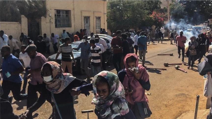تجدد الاحتجاجات بالخرطوم عقب صلاة الجمعة