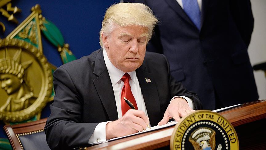 ترامب يصادق على مشروع قانون موازنة الإنفاق الدفاعي 2019