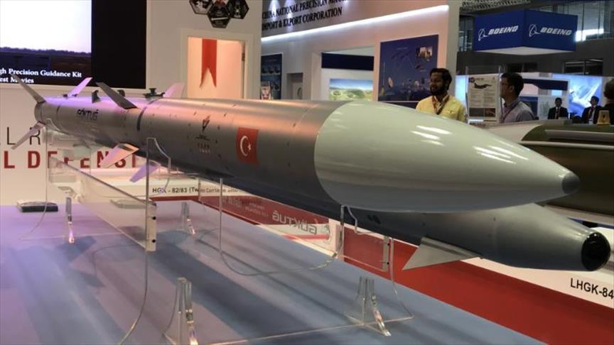 تركيا تجري اختبارات جديدة لمنظومة صواريخها الجوية المحلية