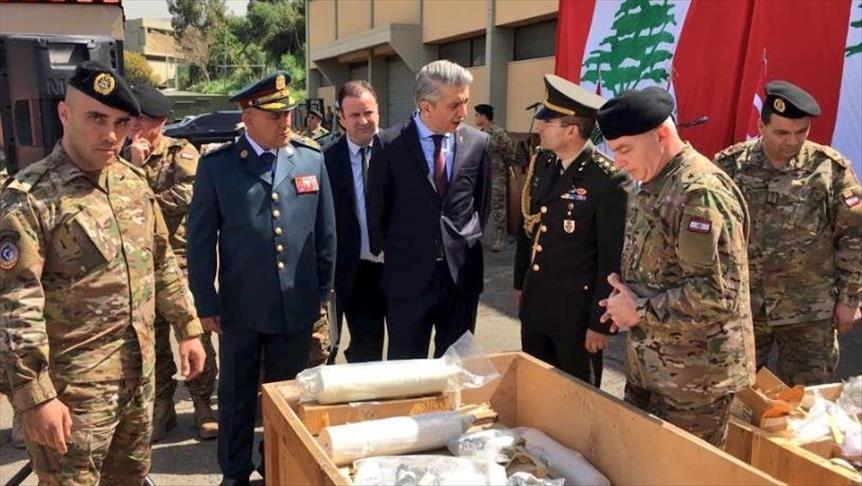 تركيا تسلم الجيش اللبناني قطع غيار للدبابات ولناقلات الجنود