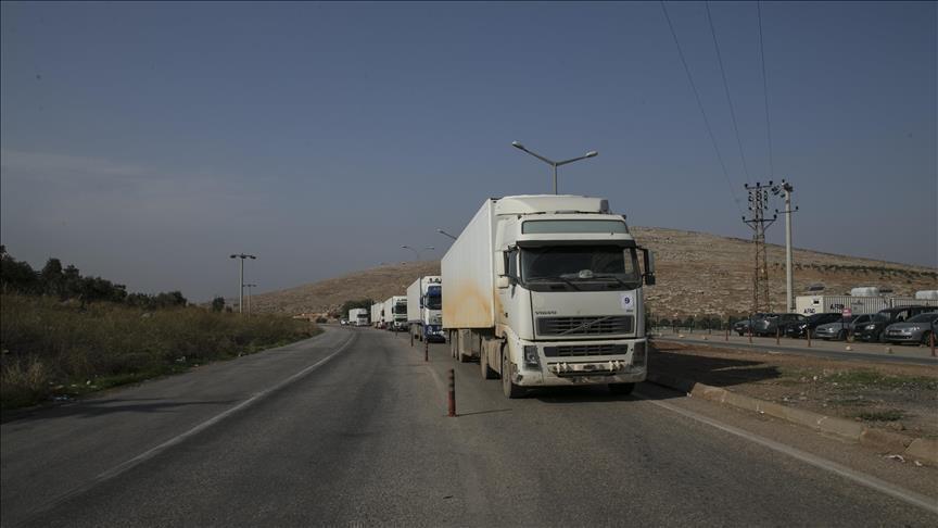 تركيا والأمم المتحدة ترسلان 26 شاحنة مساعدات إنسانية إلى