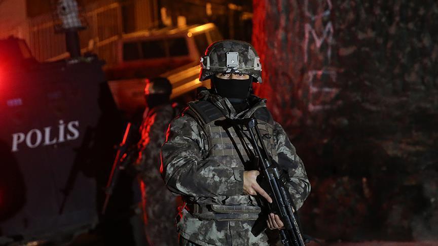 تركيا..القبض على عدد كبير من المشتبه بانتمائهم لتنظيمات إرهابية