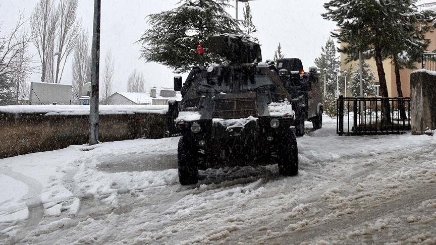 تركيا.. استشهاد جنديين في اشتباكات مع