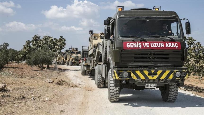 تركيا.. تعزيزات عسكرية جديدة إلى الحدود مع سوريا
