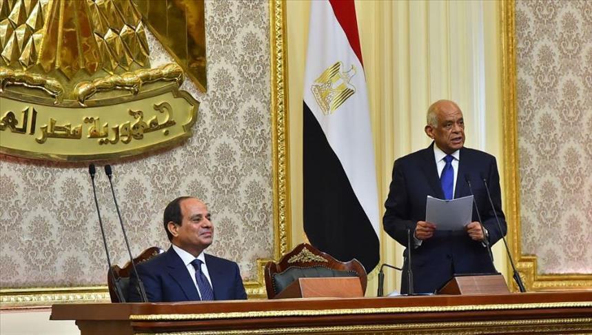 تعديل دستور مصر.. نظام يُثبت أركانه ومعارضة بلا أنياب
