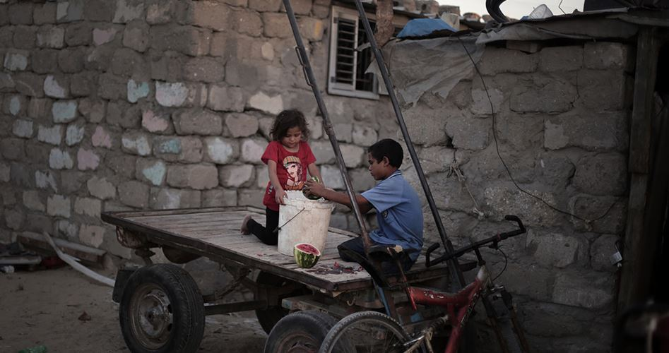 تكية (IHH) التركية تُطعم فقراء