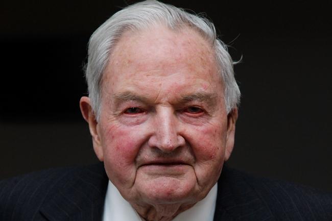 توفي حفيد أول ملياردير دولار في تاريخ البشرية.