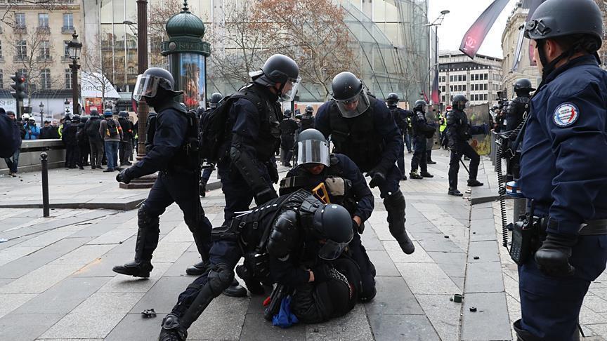 دعوة عربية لفرنسا بحماية حقوق المحتجين