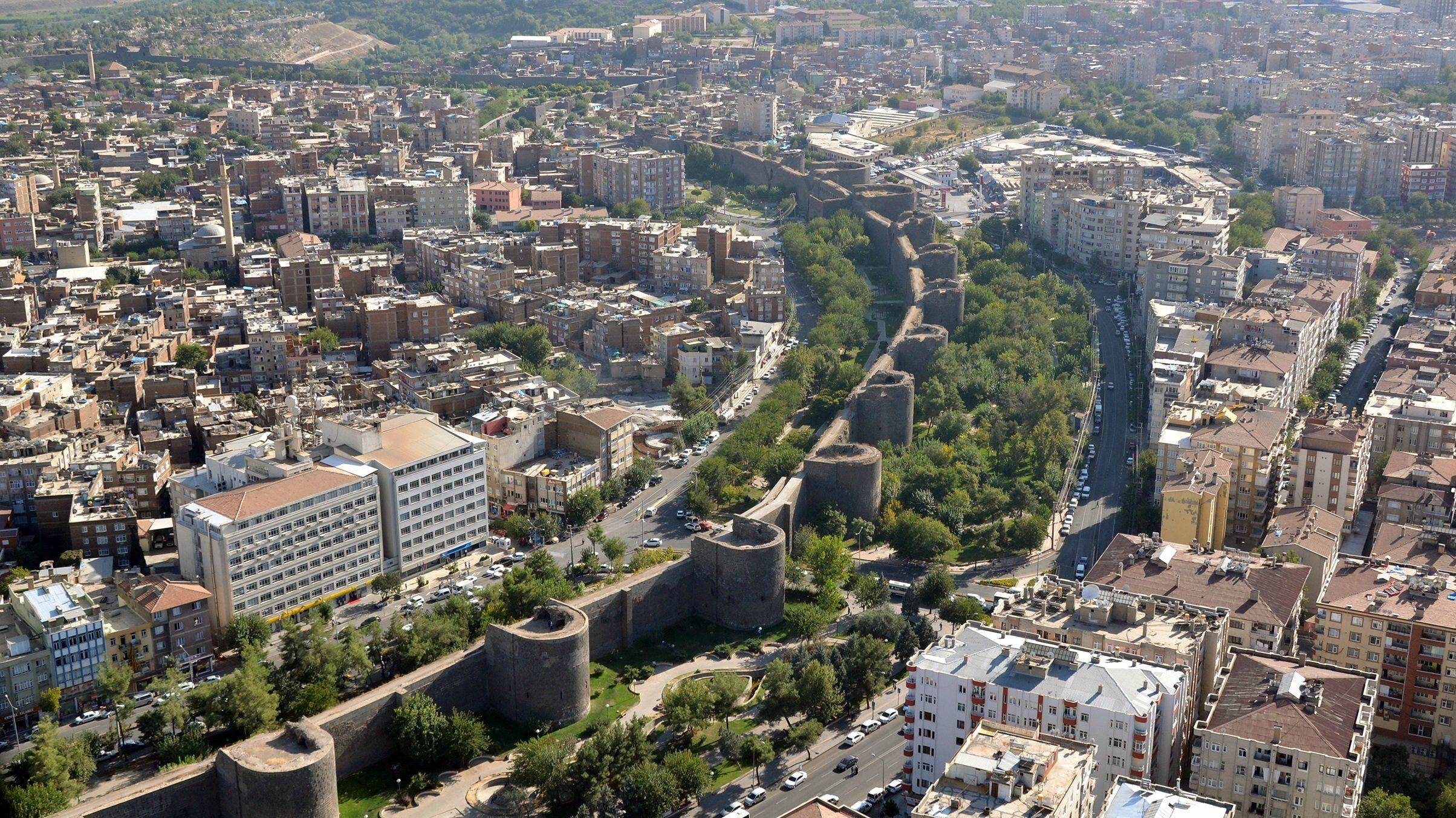 دياربكر التركية.. مدينة التاريخ والثقافات تنتظر زوارها في عيد الأضحى