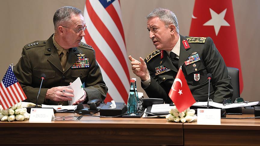 رئيسا الأركان التركي والأمريكي يبحثان القضايا الأمنية الإقليمية