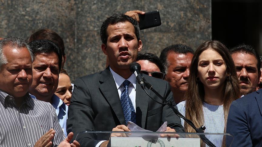 رئيس البرلمان الفنزويلي: يدعوا المعارضة للنزول الى الشارع الأربعاء والسبت