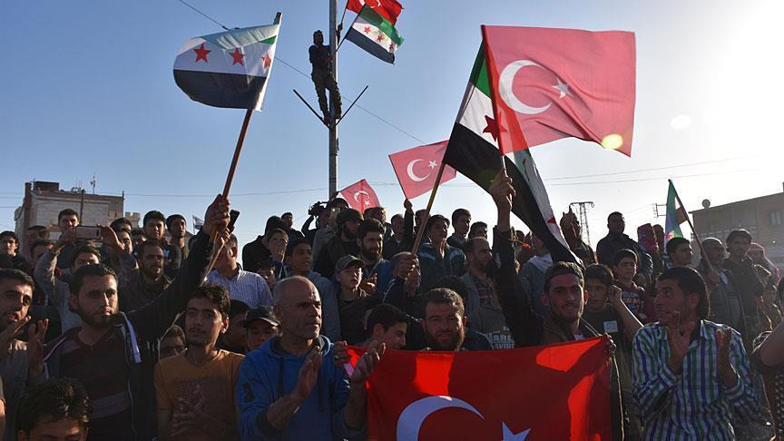 سوريا.. مظاهرة تطالب