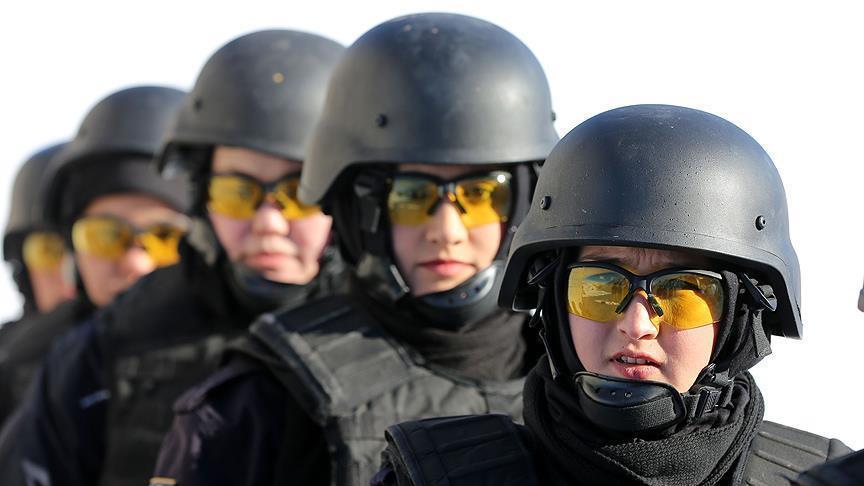 شرطيات أفغانيات يتلقين تدريبات في تركيا في ظروف الشتاء القاسية (تقرير)