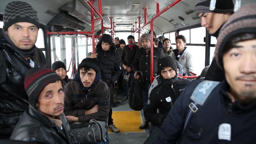 ضبط 48 أجنبيًا دخلوا إلى تركيا بطريقة غير قانونية