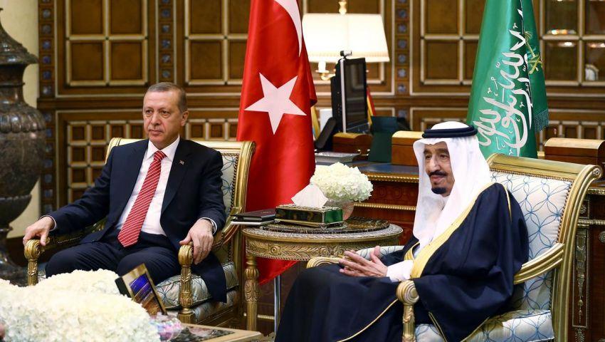 عامان من حكم الملك سلمان.. نقلة نوعية في العلاقات بين تركيا والسعودية