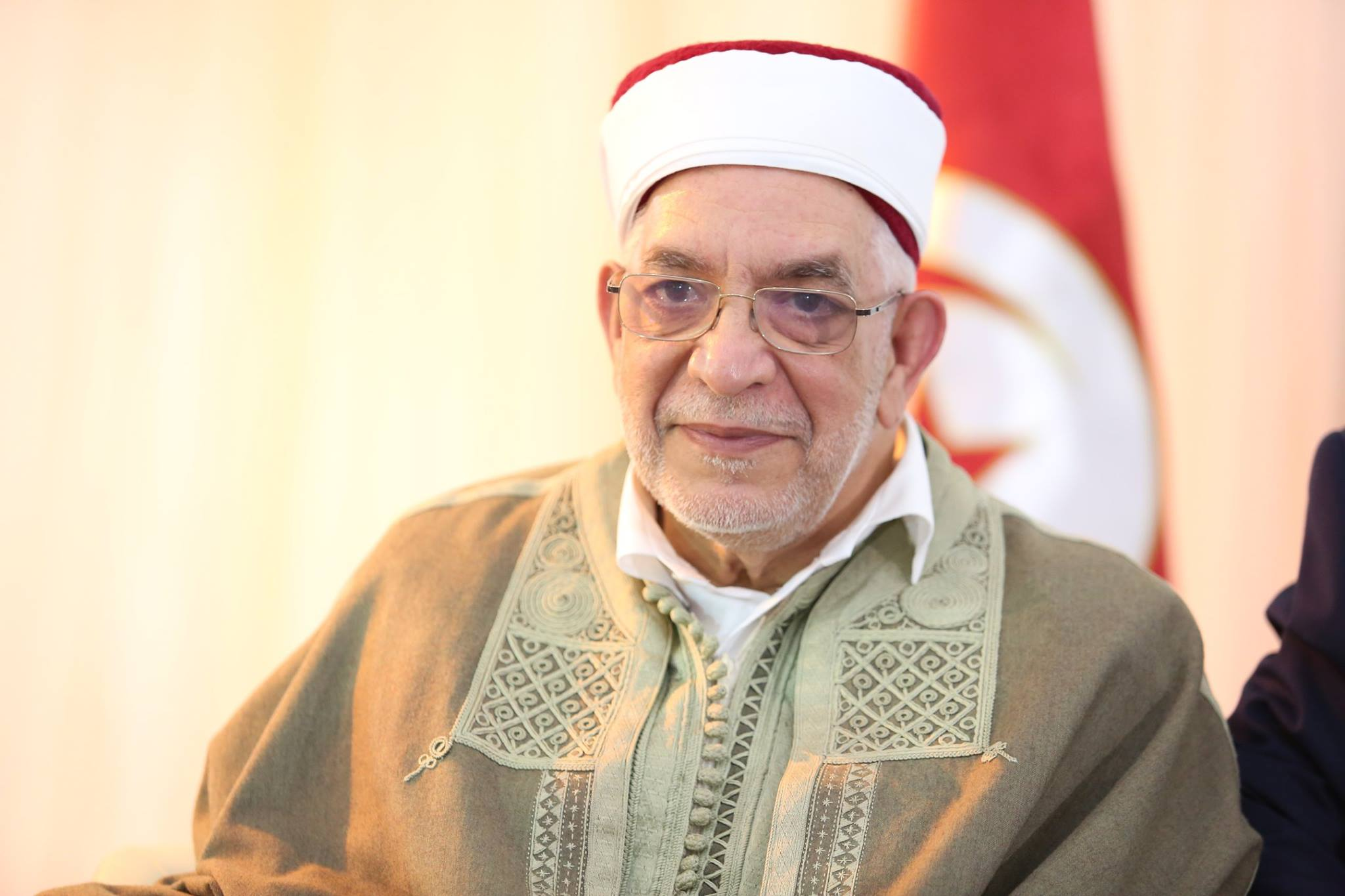 عبد الفتاح مورو: مستقبل التيارات الإسلامية مرهون بمستقبل الشباب