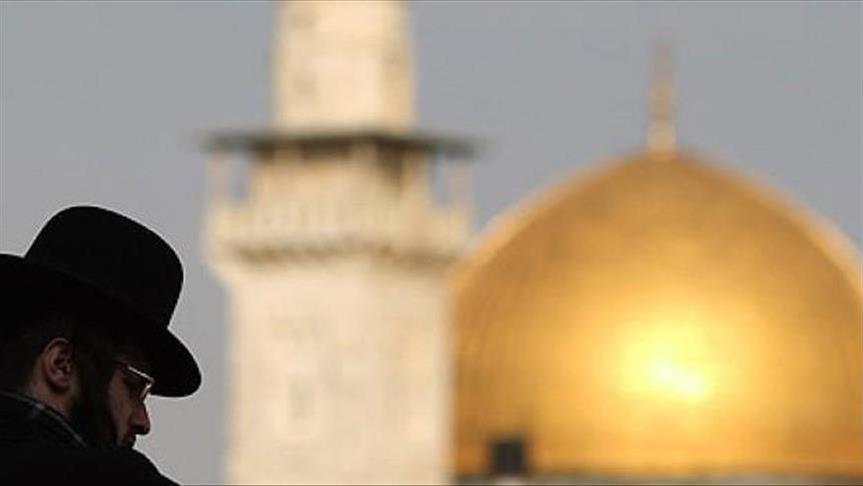 عضو كنيست إسرائيلي يقتحم المسجد الاقصى