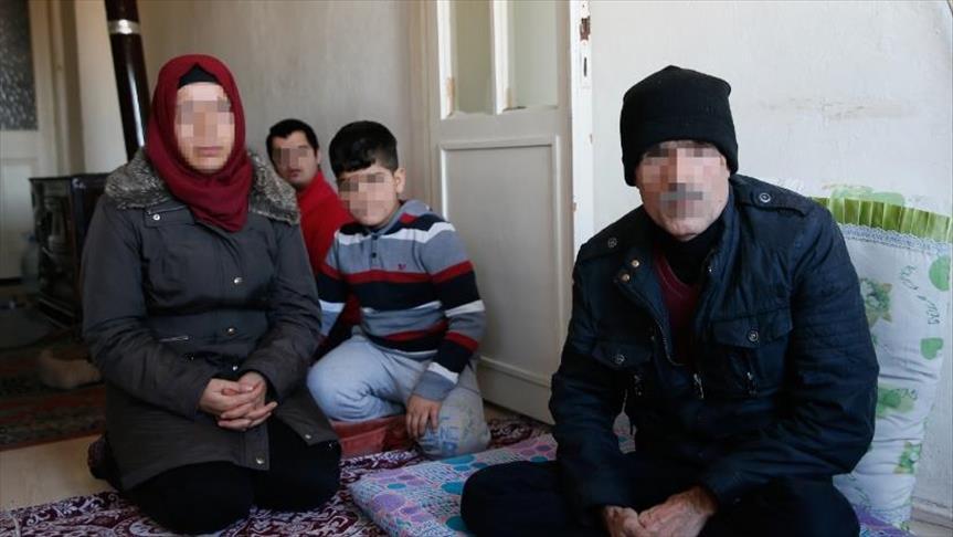 على أمل العودة لعفرين.. لاجئون سوريون أكراد يدعمون غصن الزيتون