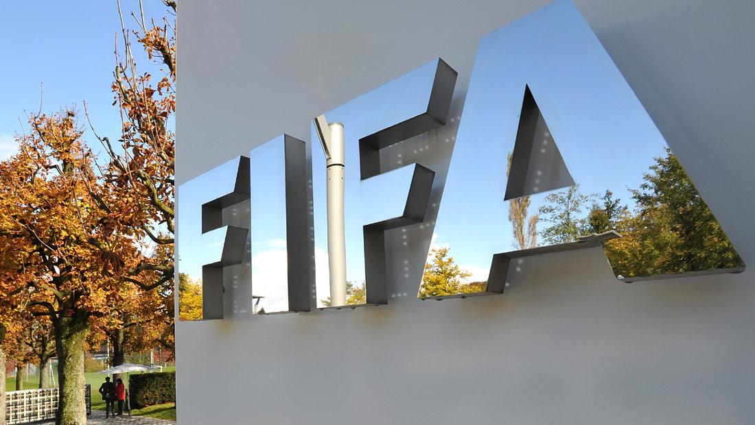 """""""فيفا"""" يكشف طريقة سحب قرعة مونديال روسيا 2018"""
