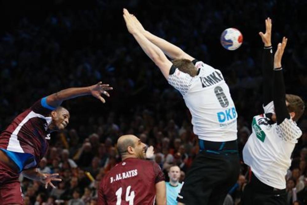 قطر تطيح بألمانيا وتتأهل لربع نهائي المونديال