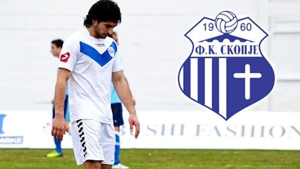 لاعب كرة قدم ألباني يغادر فريقه بسبب