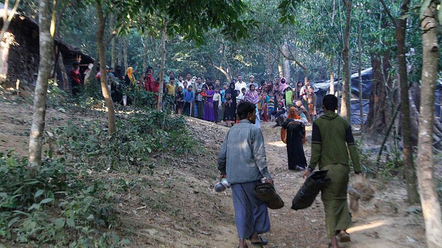 ماليزيا تتجه لتشغيل لاجئي الروهينغيا