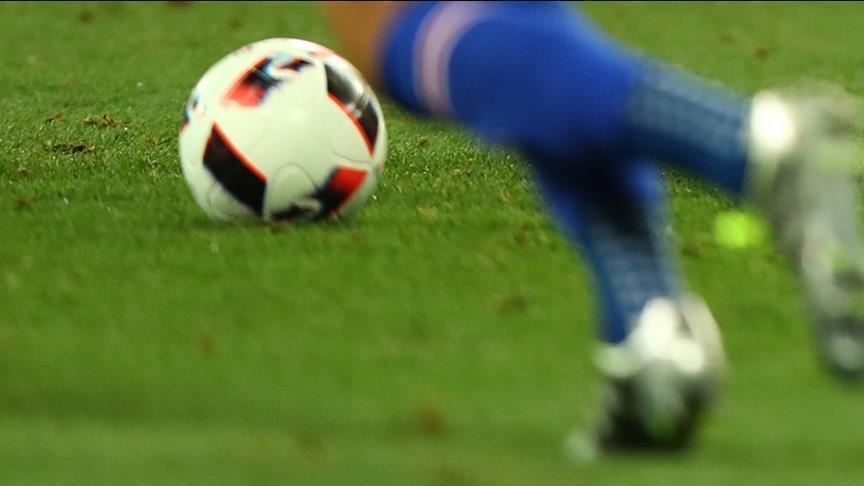 محترفو كرة القدم أكثر عرضة لآلام الركبة بعد الاعتزال (دراسة)